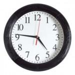 Часы настенные с деревянным ободом Treecky, мореный дуб
